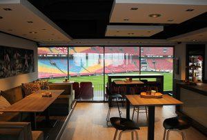 Glazen schuifpui Amsterdam Arena